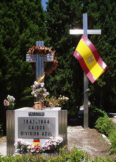 Cementerio_de_la_Almudena_04jul07_09